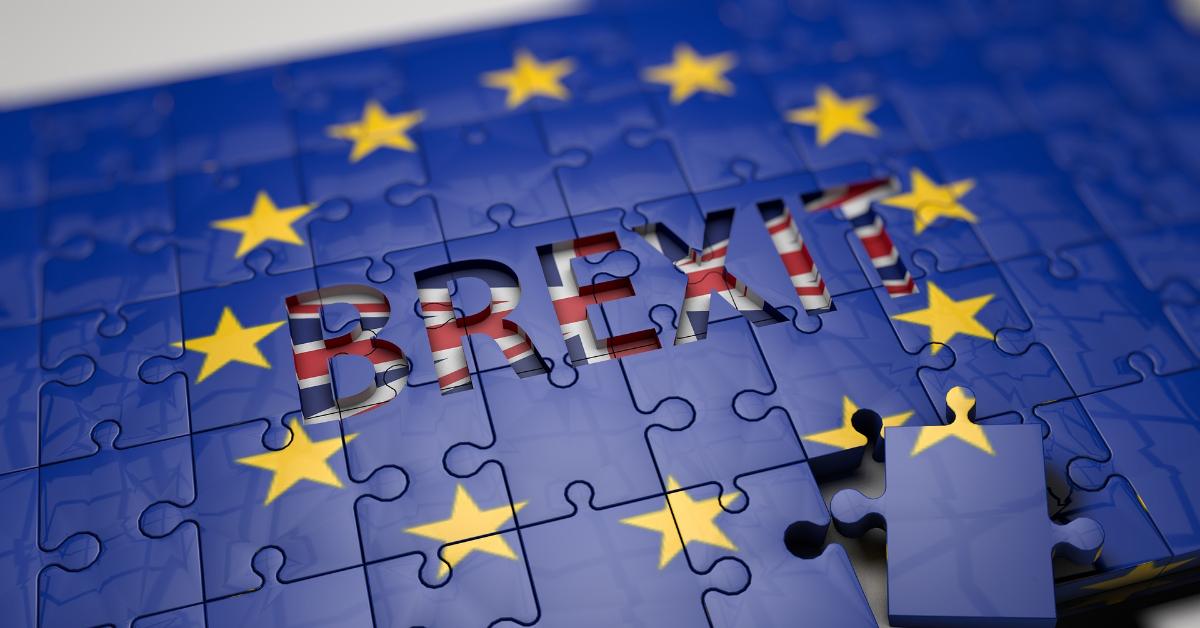 A EU flag puzzle revealing a Union Jack flag spelling