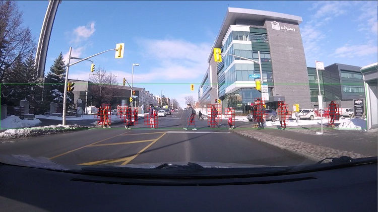 A camera detects pedestrians crossing the street on the uOttawa campus
